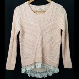 Monteau LA small pink sweater lace trim